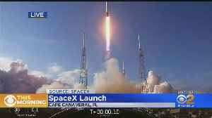SpaceX Successfully Launches 60 Satellites Into Orbit [Video]