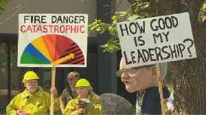 Australia PM defends coal industry amid bushfire crisis [Video]