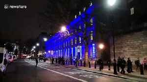 Government buildings in Whitehall celebrate Brexit with light display [Video]