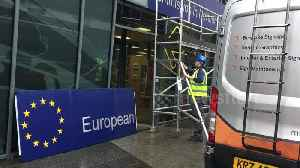 Brexit Day: Sign removed from European Commission in Northern Ireland [Video]