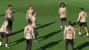 Bale trains with Real Madrid [Video]