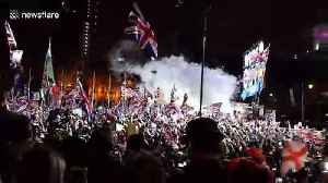 Londoners count down final seconds to Brexit in Parliament Square [Video]