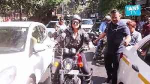 'Dabangg' Sonakshi Sinha head out for a bike ride in Mumbai [Video]