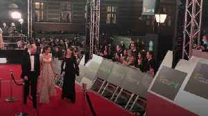 Kate recycles a dress for the Baftas [Video]