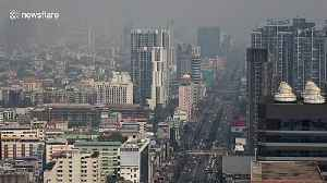 Thick layer of smog pollution blankets Bangkok [Video]