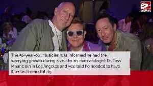 Julian Lennon undergoes emergency cancer operation [Video]