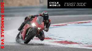 2020 Ducati Panigale V4 S Hot Lap at Bahrain International Circuit [Video]
