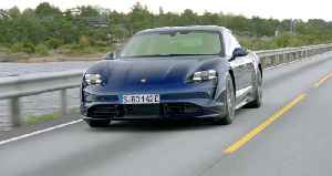 Porsche Taycan Turbo in Gentian Blue Driving in Norway [Video]