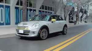 The new MINI Electric in Miami Trailer [Video]