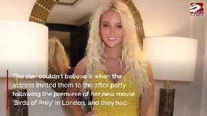 Lucie Donlan parties with Margot Robbie [Video]