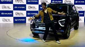 Shah Rukh Khan's special visit at Auto Expo 2020 [Video]