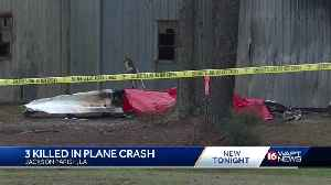 3 killed in plane crash [Video]