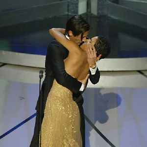 News video: Jaw dropping moments from Oscar history