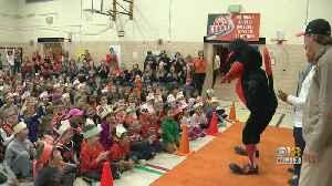 Orioles Birdland Caravan Stops At Timonium Elementary School [Video]