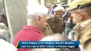 Delhi Deputy CM Manish Sisodia casts his vote [Video]