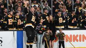 Bruins honor Zdeno Chara for 1,500th game [Video]