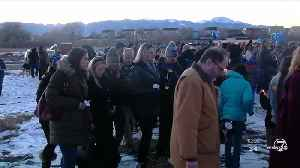 Candlelight vigil held as search for missing Springs boy continues [Video]