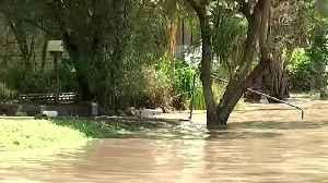 Bushfires, cyclone, torrential rain hit Australia's coasts [Video]