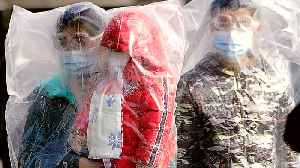 China coronavirus toll surges past 800, exceeds SARS [Video]