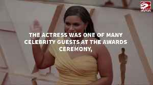 Mindy Kaling was 'thrown off by Brad Pitt's good looking-ness' at the Oscars [Video]