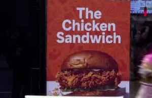 Popeyes chicken sandwich fuels Restaurant Brands profit [Video]