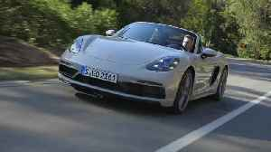 The new Porsche 718 Boxster GTS 4.0 in Crayon Driving Video [Video]