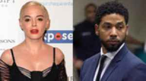 Rose McGowan Slams Natalie Portman, Jussie Smollett Indicted in Chicago & More | THR News [Video]