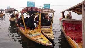 News video: Diplomats from 25 countries tour Kashmir