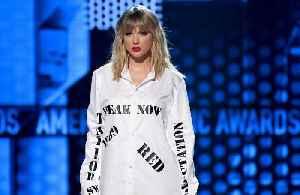 Taylor Swift didn't find cameras 'intrusive' in the studio [Video]