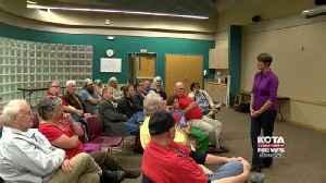 Paula Hawks holds town hall [Video]