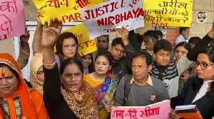 News video: Nirbhaya's mother protests outside Patiala House courts
