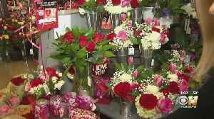 Picking Sweet Valentine's Day Flowers And Gifts Without The Stress [Video]