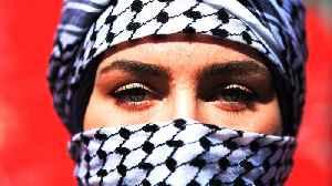 Hundreds of Iraqi women challenge al-Sadr's call for segregation [Video]