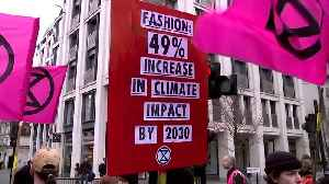 Extinction Rebellion disrupts London Fashion Week [Video]