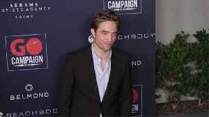 News video: 'The Batman' offers first look of Robert Pattinson in costume