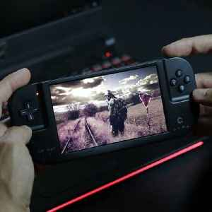 Play hundreds of retro video games on this handheld device [Video]