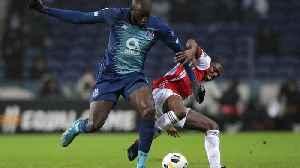 FC Porto player Moussa Marega walks off pitch after 'idiots' shout racist chants [Video]