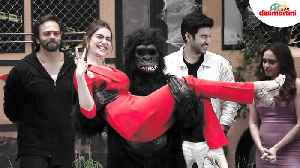 Kahtron Ke Khiladi 10: Karishma Tanna Gets Carried By A Gorilla At the Launch [Video]