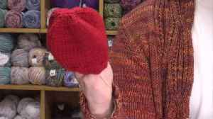 Local knitters make hats given to babies on Valentine's Day [Video]