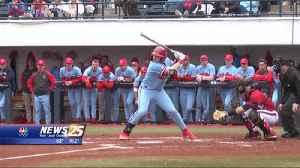 NCAA Baseball: #25 Ole Miss knocks off #1 Louisville [Video]