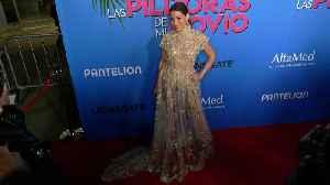 """Adriana Fonseca """"Las Pildoras De Mi Novio"""" Premiere Red Carpet Fashion [Video]"""