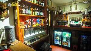 "This ""Off-Grid"" Pub Where Customers Serve Themselves Is Run by the Grumpiest Most Eccentric Pub Landlord and His Cat Hitler [Video]"