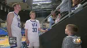 UT Arlington Men's Basketball Team Creates Bond With 7-Year-Old Battling Cancer [Video]