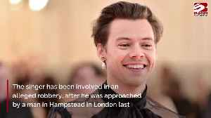 Harry Styles robbed at knifepoint in London [Video]