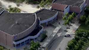 South Dade High School Locked Down As Police Investigate Threat [Video]