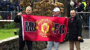 Manchester United legends gather for Harry Gregg funeral [Video]