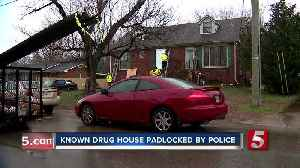 Police raid, padlock 'dangerous' Hermitage home; 26 people, including infant, found inside [Video]