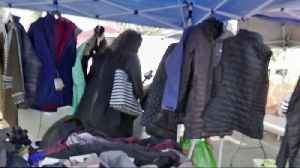 Lululemon Leggings at Flea Markets - Real Deal or Steal? [Video]