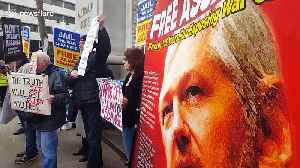 Vivienne Westwood joins Assange supporters in London ahead of extradition trial [Video]