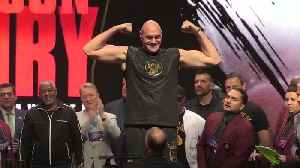 Tyson Fury a stone heavier for fight with Deontay Wilder [Video]